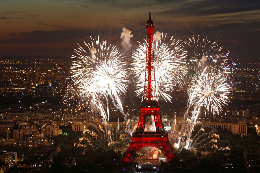 Paris-feu-artifice-7
